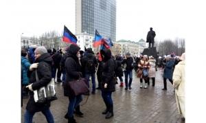 новости, Украина, Донбасс, ДНР, ЛНР, выборы, Л/ДНР, акция бюджетников, Пушилин, массовка, агитация