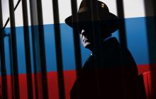 """""""Это скандал! Солсбери отдыхает!"""" - в Давосе поймали российских шпионов, которые выдавали себя за сантехников: детали"""