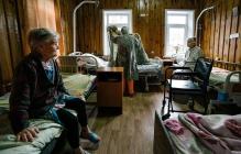 """Ничего святого: в """"ЛНР"""" чиновники обокрали онкодиспансер, получив огромный откат за счет голодных пациентов"""