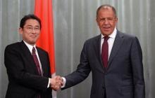 Япония и Россия начали официальные переговоры по Курилам - Соловьев заговорил о расколе РФ