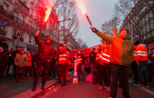 Протесты во Франции перешли на новый уровень: что происходит