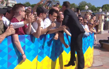 Подпрыгнул и поцеловал в лоб: Зеленский с Кошевым отличились на инаугурации
