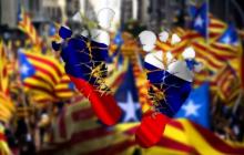 """Пьем боярышник - поддерживаем отечественного производителя! В Москве обиделись на Мадрид и призвали запретить продажу испанских вин на территории """"скрепной"""""""