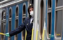 В Тернополе недовольны карантином – пассажиры остановили поезд, невзирая на официальный запрет