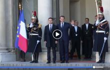 """Российские журналисты """"испортили"""" встречу Зеленского и Макрона в Париже: что произошло - видео"""