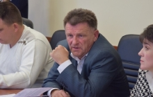 """""""Ваш флаг бендеровский! Я коммунист, у меня свой флаг и партия!"""" - в Сети появились кадры, как депутат из Николаевщины оскорбил госсимвол Украины"""