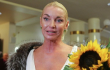 Анастасия Волочкова рискнула жизнью ради впечатляющего шпагата