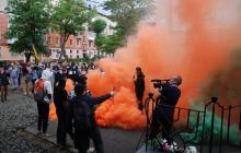 """""""Аваков покрывает, пока убивают"""", - по всей Украине прошла волна жестких протестов - кадры"""