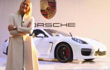 """""""Porsche"""" отказалась работать с Шараповой после допингового скандала"""