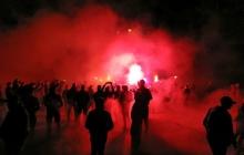 Десятки активистов ночью пикетировали дом Авакова: министру МВД разрисовали забор и огласили главное требование - кадры