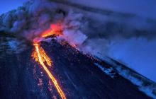 """Ад наступает: огненный апокалипсис начался - предвестники конца света могут похоронить """"заживо"""" человечество"""