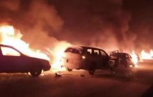 Погромы дунган в Казахстане: новые видео, как 300 мужчин громили и жгли села