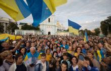 Тысячи украинцев с Порошенко устроили мощный флешмоб в Киеве - яркие кадры