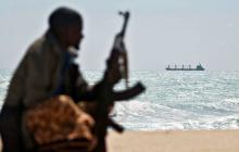 Двойное пиратское нападение у Берегов Африки: среди похищенных украинец и россияне