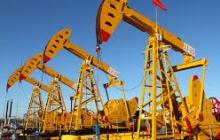 Попытка ОПЕК и РФ стабилизировать цену на нефть провалилась: США валят российскую экономику
