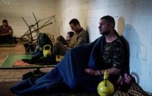 Террористы на Донбассе согласились пустить Красный Крест к пленным украинцам