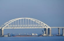 В Керченском проливе серьезное ЧП с российским кораблем: предсказание по Крымскому мосту начинает сбываться