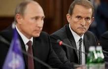 Как Медведчук манипулирует телеканалами в Украине: эксперт рассекретила тонкие методы соратника Путина - кадры