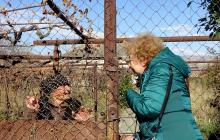 """СМИ показали """"настоящую маму Путина"""": """"Маленькая старушечка, очень сгорбленная"""""""