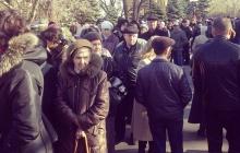 ЦИК ДНР: в Донецке некоторые пункты для голосования могут закрыться раньше 20:00