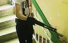 """Видео с """"Керченским стрелком"""" появилось в Сети: по кадрам восстановлен весь маршрут массового убийцы"""