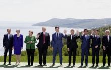 Лидеры Большой семерки сделали фото на память: на снимках не было Путина