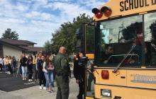 """Вслед за российским """"визави"""" подросток в США открыл стрельбу в старшей школе - видео"""