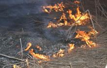 Боевики устроили большой пожар под Марьинкой, вспыхнул опорник ВСУ - все подробности