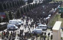В Сети сообщают о новых массовых столкновениях в Ингушетии - видео избиения сотрудников Росгвардии