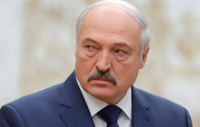 """Муждабаев: """"Лукашенко уже полностью во власти Путина"""""""