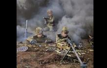 В России календарь с воюющими детьми и оружием вызвал скандал: что произошло