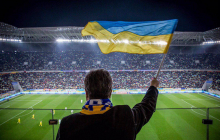 Фото дня: Порошенко на матче Украина - Люксембург покорил всех болельщиков