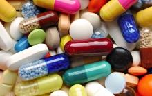 Ученые США создали шумиху вокруг нового исследования: витамины и БАДы убивают человека