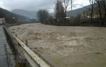 Наводнение в Закарпатье - появились ужасающие кадры с беспилотника