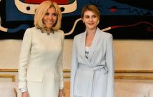 """Совместный снимок Зеленской и Макрон в Париже вызвал в Сети ажиотаж: """"Чего так на нее нападают?"""" - фото"""