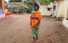 63-летнюю Одишу Кумари Наяк боятся из-за 31 пальца на руках и ногах: фото из Индии