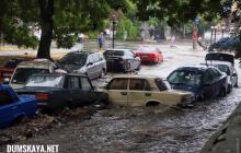 Одессу затопило после мощного ливня: на улицах настоящий апокалипсис, людей просят оставаться дома - фото