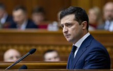 """Зеленский назвал суммы зарплат для медиков Украины: """"Минимальная - 25 тысяч гривен"""""""