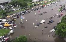 Москва уходит под воду: затоплены дом престарелых, подземные переходы и дороги - кадры