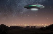 Инопланетяне высадились в Уэльсе: очевидцы рассказали о появлении светящегося НЛО – видео