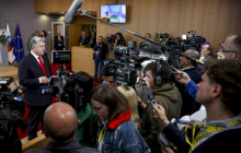 Россию ждет болезненный удар от ЕС: Порошенко после встречи с Туском сделал громкое заявление