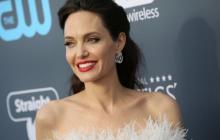 Анджелина Джоли снова попала в больницу, врачи уже ничего не могут сделать