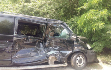СМИ: Машины из кортежа президента Зеленского попали в жуткое ДТП с автобусами, полными детьми, - кадры не для слабонервных