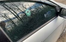 """На Донбассе из БПЛА обстреляли автомобиль журналистов телеканала """"Украина"""": что известно"""