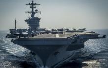"""""""Мы можем защитить от КНДР себя и своих друзей!"""" - Пенс заявил, что соединение военных кораблей ВМС США во главе с авианосцем """"Карл Винсон"""" подобралось ближе к берегам Северной Кореи"""