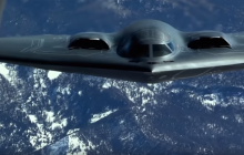 США поставили точку в попытках России доминировать: прошли испытания сверхмощных авиабомб - кадры