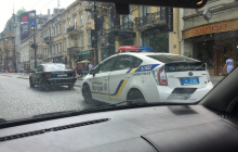 """25-летний житель Львова устроил """"охоту"""" на женщин: видео, как несчастных бьют прямо на улице"""