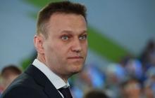 """Навальный удивил реакцией на вопрос о том, """"чей Крым"""": поступок оппозиционера поразил соцсети"""