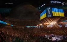 Бой Усика в Чикаго: зал потрясающе исполнил гимн Украины до мурашек - видео