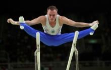 Прыжки с переподвыподвертами: как гимнаст Олег Верняев не прославляет, а позорит Донбасс